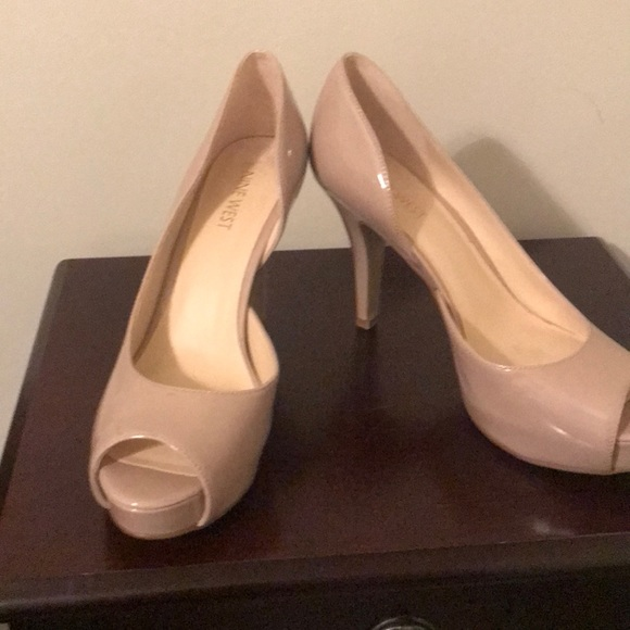 Nine West Shoes - Tan /nude shoes